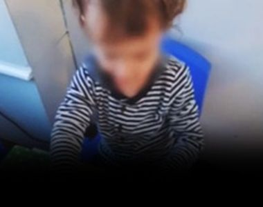 VIDEO-Copil închis în țarc la creșă.Părinții șocați au văzut imaginile