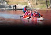VIDEO| Lacul roșu din Capitală. Care este cauza