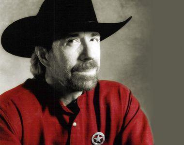 Cele mai bune bancuri cu Chuck Norris. Actorul împlinește azi vârsta de 81 ani