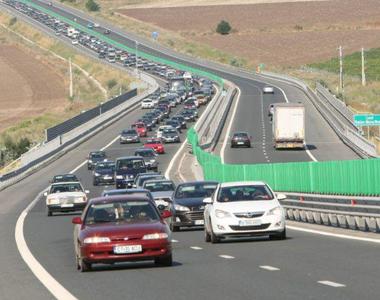 Restricţii de circulaţie pe Autostrada Soarelui din cauza lucrărilor de reabilitare a...