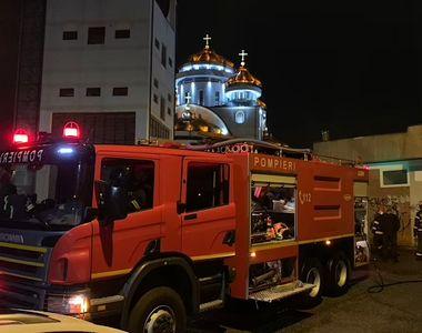 VIDEO - Evacuare de urgență în Mioveni, din cauza unui miros puternic