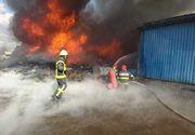 Incendiu puternic la deşeuri depozitate pe un câmp
