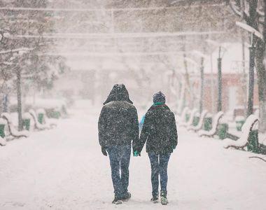 VIDEO - Cod galben de ninsori în România. ANM anunță ninsori, vânt puternic şi vreme...
