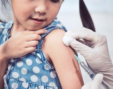 A început testarea vaccinului Pfizer-BioNTech pe copii