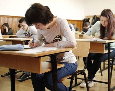 Ministerul Educației, impresionat de numărul de elevi prezenți la simulările examenului...