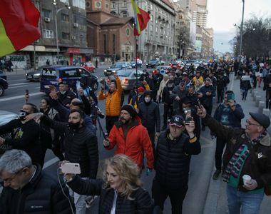 """Miza protestelor AUR. Semnificația sloganului """"Libertate!"""""""