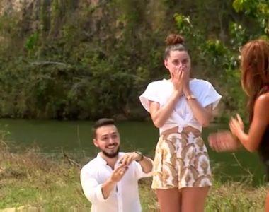 """Cerută în căsătorie, chiar pe platoul de filmare de la """"Survivor România"""""""