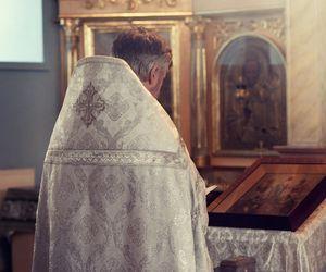 Părintele Constantin Diaconașu care vindecă pacienții covid