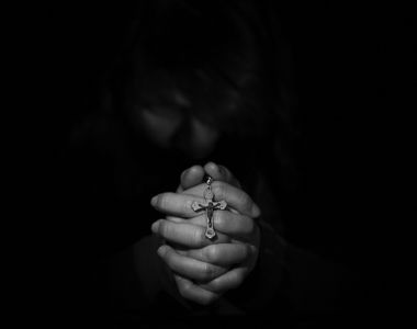 Rugăciune pentru iertarea păcatelor. Cum să te rogi pentru a nu mai simți povara unui...