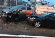 VIDEO - Bucureștean probabil beat și drogat, 12 mașini distruse în Brașov