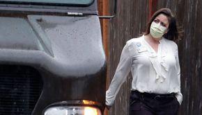 Adio, mască de protecție! Țara care renunță la obligația de a purta mască pe stradă