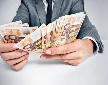 Curs valutar BNR, azi 16 aprilie.  Criza politică a împins cursul euro-leu spre maximul...