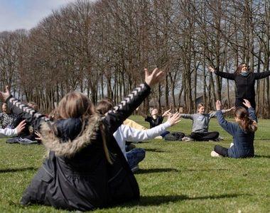 Danemarca a evitat al treilea val al pandemiei și se grăbește să renunțe la restricții