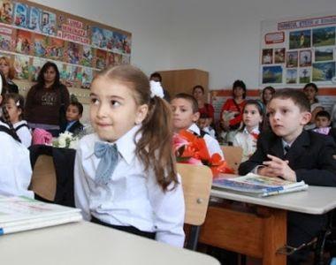 Ministrul Educaţiei, un nou anunţ pentru elevi