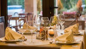 Ce condiții a impus premierul pentru ca restaurantele să rămână deschise în pandemie?