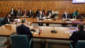 O nouă ședință a coaliției de guvernare va avea loc astăzi. Care vor fi subiectele de discuție?