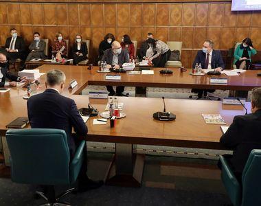 O nouă ședință a coaliției de guvernare va avea loc astăzi. Care vor fi subiectele de...