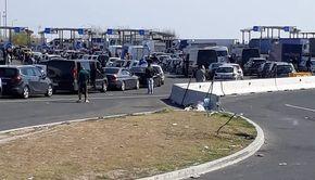 Descoperire ŞOC la granita României: 62 de cetăţeni străini încercau să treacă ilegal frontiera