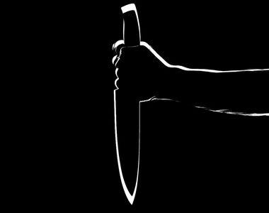 Caz șocant la Buzău. O femeie a fost înjunghiată de un bărbat pentru că nu i-a oferit...