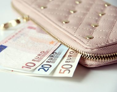 Noul curs valutar al banilor, 26 aprilie 2021. Care este situația la casele de schimb...