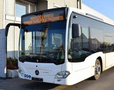 Un tânăr a atacat cu o sabie un autobuz din Târgoviște