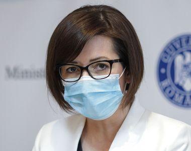 Ministrul Sănătăţii a vorbit despre ideea de a nu purta mască în birourile unde toţi...