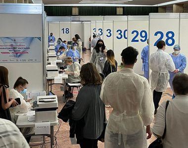 VIDEO - Vaccinare cu gândul la vacanțe: Record de persoane imunizate în weekend