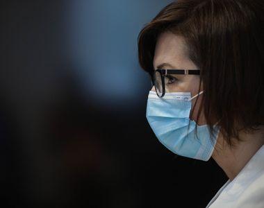 Când scăpăm de masca de protecție?! Ministrul Sănătății a făcut anunțul