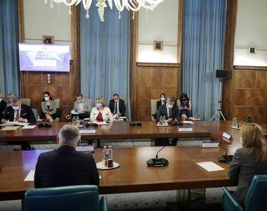 O altă ședință a Comitetului interministerial pentru revenirea la normalitate de la 1...
