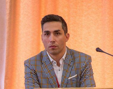 Valeriu Gheorghiță a anunțat apariția unor centre de vaccinare în aeroporturi şi puncte...