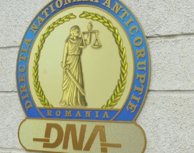 Director din Registrul Auto Român, reținut de DNA pentru luare de mită. Câte mii de...