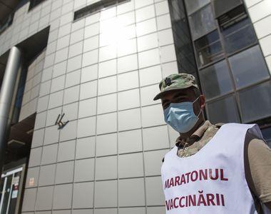 Primul Maraton de Vaccinare organizat la un aeroport din România. Este utilizat serul...