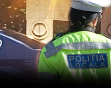 VIDEO -Bătaie de joc la Poarta Sărutului sub ochii polițiștilor locali
