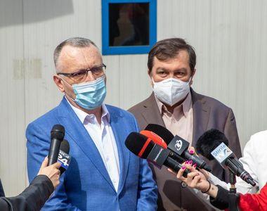 """Ministrul Educației, Sorin Cîmpeanu: """"94.000 de elevi cu vârsta cuprinsă între 16 şi 19..."""
