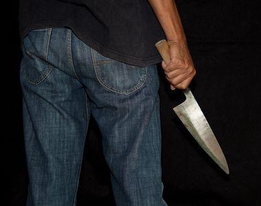 O altă crimă șochează România. Bărbat, găsit mort cu două cuțite în piept