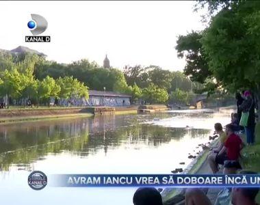 VIDEO - Avram Iancu, celebrul înotător român, stabilește un nou record