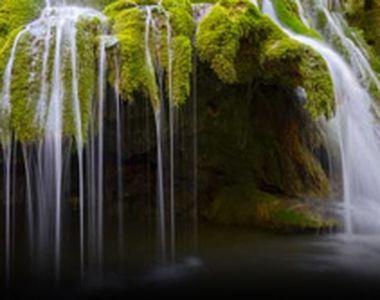 VIDEO - O minunăție a naturii a fost distrusă. Cascada Bigăr s-a prăbușit