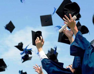 Mesaje pentru absolvenţi 2021: Urări pentru absolvirea liceului şi facultăţii