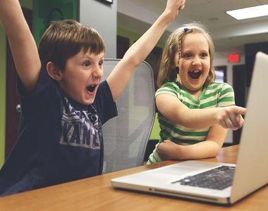 Tinerii primesc bani de la Guvern ca să-și cumpere calculatoare. Care sunt condițiile