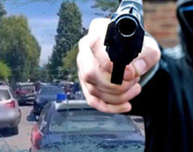 VIDEO - Doi copii, frățiori, și un bătrân au fost uciși cu sălbăticie