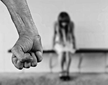 Crimă șocantă în Capitală. O tânără de 23 de ani a fost înjunghiată de către concubin