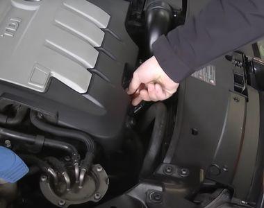Cum se verifică corect nivelul uleiului din motorul mașinii