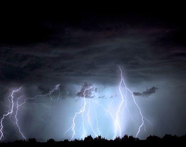 ALERTĂ METEO! Ploi torențiale și furtuni în mai multe județe din țară - HARTA