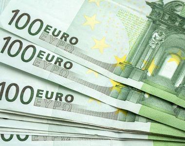Se dau bani de la stat pentru români. Cum poți să primești 2.000 de euro