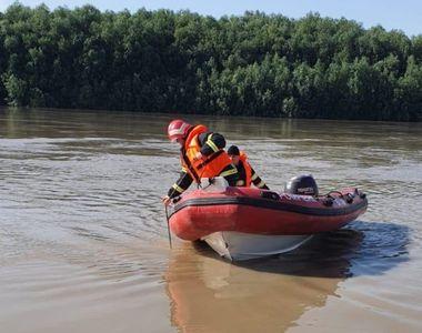 Două surori de 11 și 12 ani, dispărute în zona portului Isaccea. Există temerea că s-au...