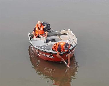 O altă fată a dispărut în apele Dunării