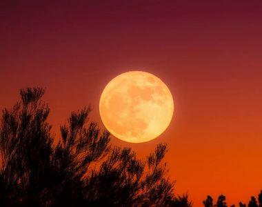 Luna plină în Capricorn (24 iunie). Cum afectează zodiile acest fenomen astrologic