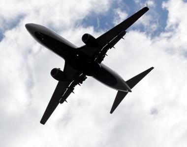 Un avion cu 92 de oameni la bord s-a prăbușit, duminică dimineața