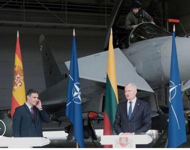 VIDEO | Premierul Spaniei și președintele Lituaniei, evacuați de urgență într-o bază...