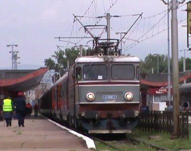 Brașov: Vagonul unui tren a luat foc. Traficul feroviar a fost întrerupt
